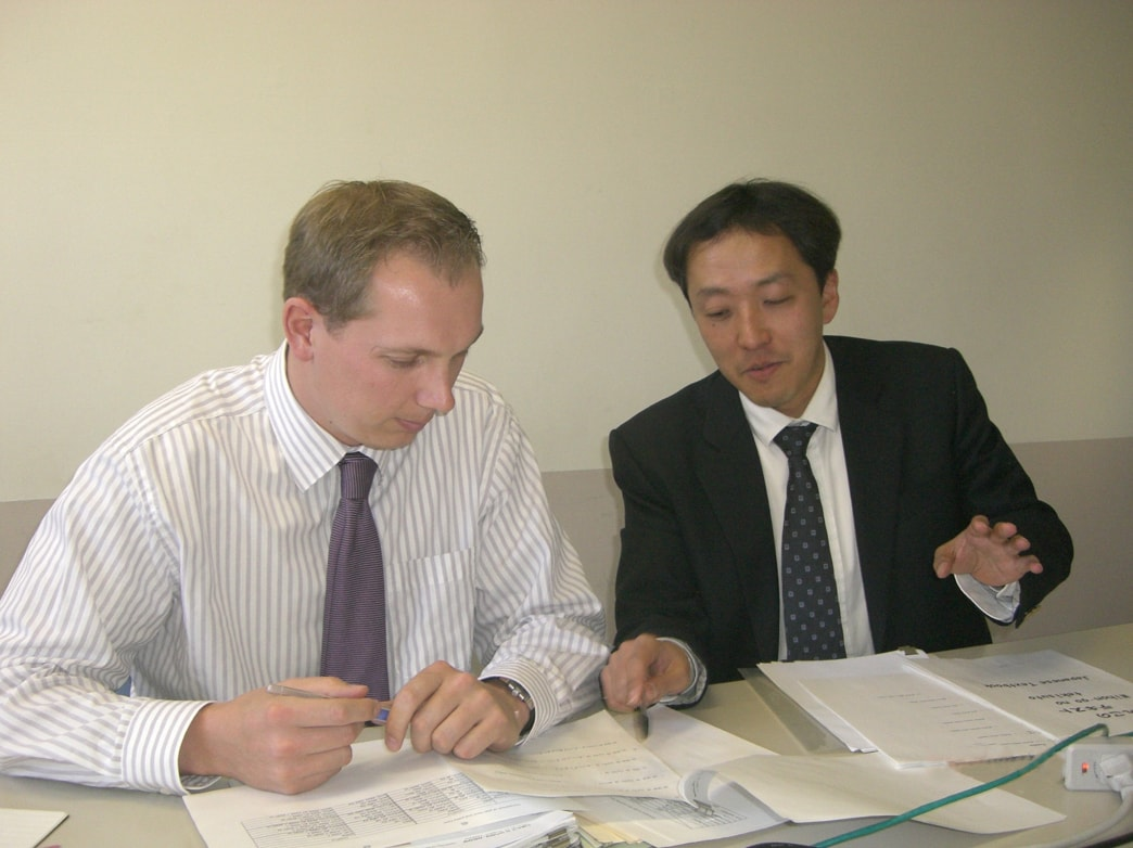 Taka-sensei teaching Japanese to a student